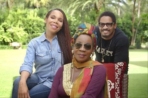 Cedella, Rita et Rohan Marley (la fille, la femme et le fils de Bob Marley). La famille de Bob Marle ...
