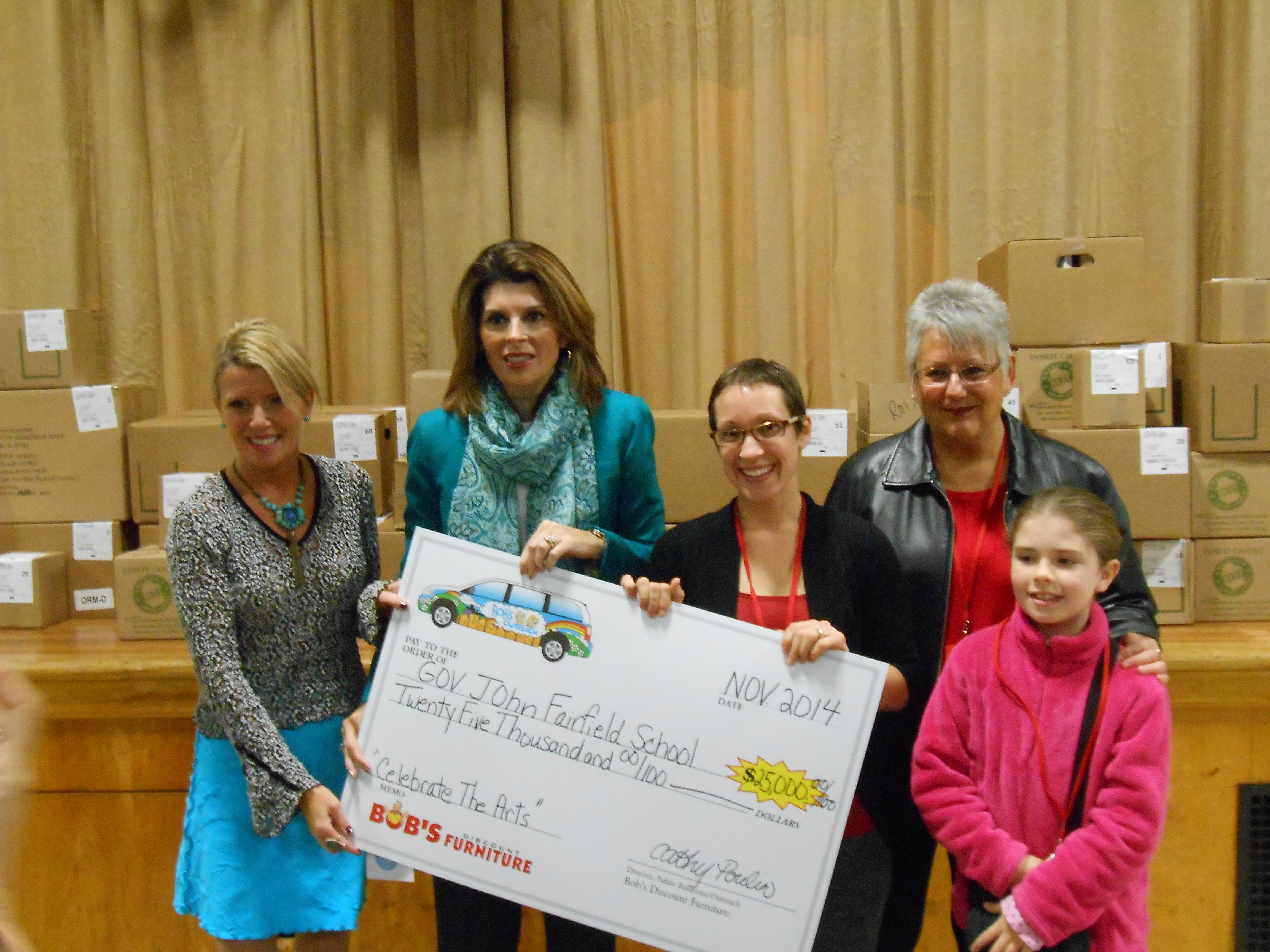 Bob S Discount Furniture Awards 25 000 To Gov John Fairfield Elementary School Of Saco Maine
