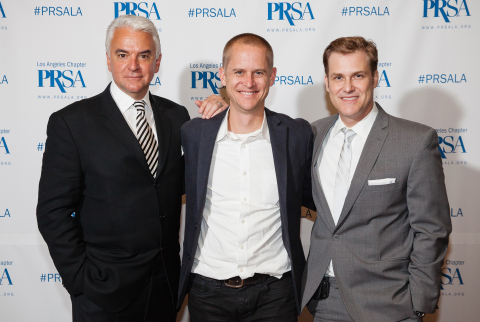 (from left) 50th Annual PRism Awards emcee John O'Hurley with Chris Chamberlin, General Manager of U.S. Client Services, Citizen Relations International and PRSA-LA President Erik Deutsch. Citizen Relations earned the Best in Show Award for its NYAD Swim for Relief campaign, which earned a perfect score in the Cause-Related Marketing category. (Photo: Business Wire)