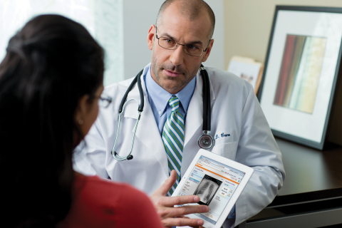 Carestream's new Clinical Collaboration Platform can boost collaboration around clinical data; break down walls between ancillary departments, sites and networks; and provide physicians with a single view of critical patient records and information. (Photo: Business Wire)