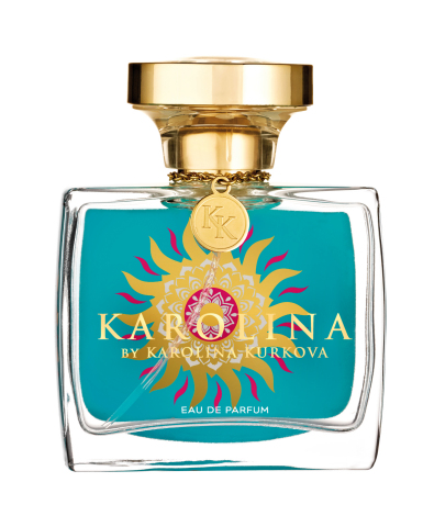 The fragrance interprets the versatile personality of the international top model with floral nuances and skilfully runs the flowery gamut in the top, heart and base note. The prelude is composed of pink pepper and fresh green which gradually make way for a combination of rose and violet. The finale is marked by powerful accords of sandal wood and vanilla. (Photo: Business Wire)