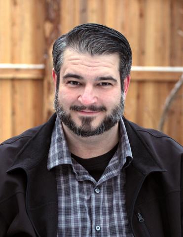 Meet Dan Lamoureux, Crock-Pot®'s 2014 Ultimate Crock-Pot Crock-Star! (Photo: Business Wire)