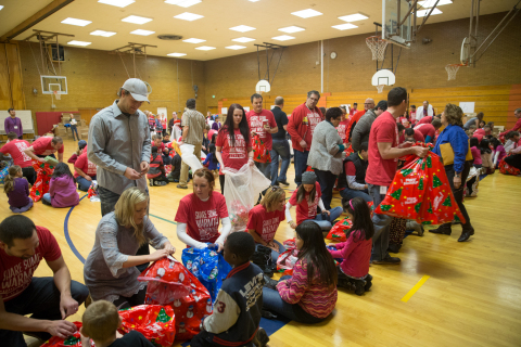 Vivint Gives Back's seventh annual Sub for Santa program assists more than 3,000 kids in 125 locations throughout North America (Photo: Business Wire)