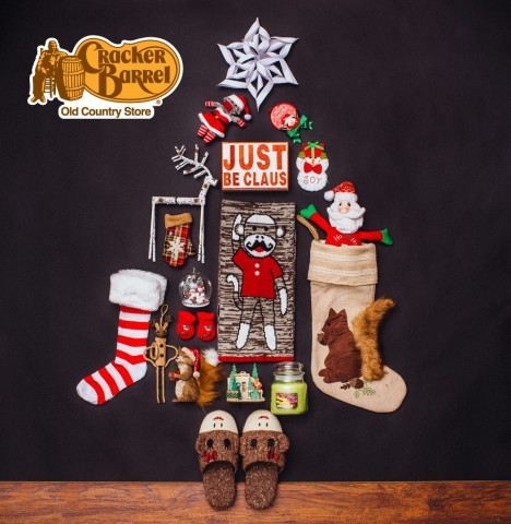 Cracker Barrel Holiday Tree (Photo: Business Wire)