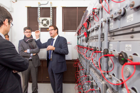 Eduardo Lopez de Armentia, Market Development Manager, AEG Power Solutions presenting the Battery Energy Storage System at the inauguration of SAGER (Photo:Business Wire)