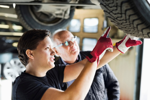 Engage With Car Pros Contest is a way to recognize auto service professionals who go beyond the call of duty to keep our cars and trucks on the road longer. (Photo: Business Wire)