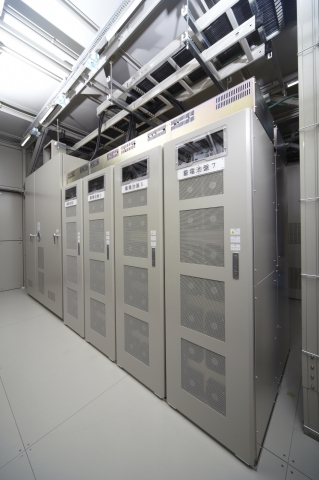 Traction Energy Storage System (TESS) (Photo: Business Wire)