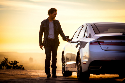 An ad campaign for the 2015 Lincoln MKZ Hybrid featuring Matthew McConaughey will begin airing on New Year's Day. (Photo: Business Wire)