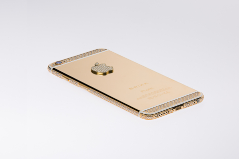 Lux iPhone 6 Plus Diamond Select with 12.8 carats of diamonds in 24k yellow gold. (Photo: Business Wire)
