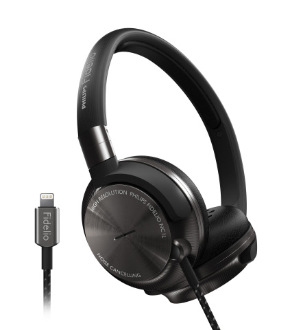 Philips Fidelio world first: NC1L on-ear headphones with Active Noise Cancellation go battery-free with direct digital connection to your iOS device (Photo: Business Wire)