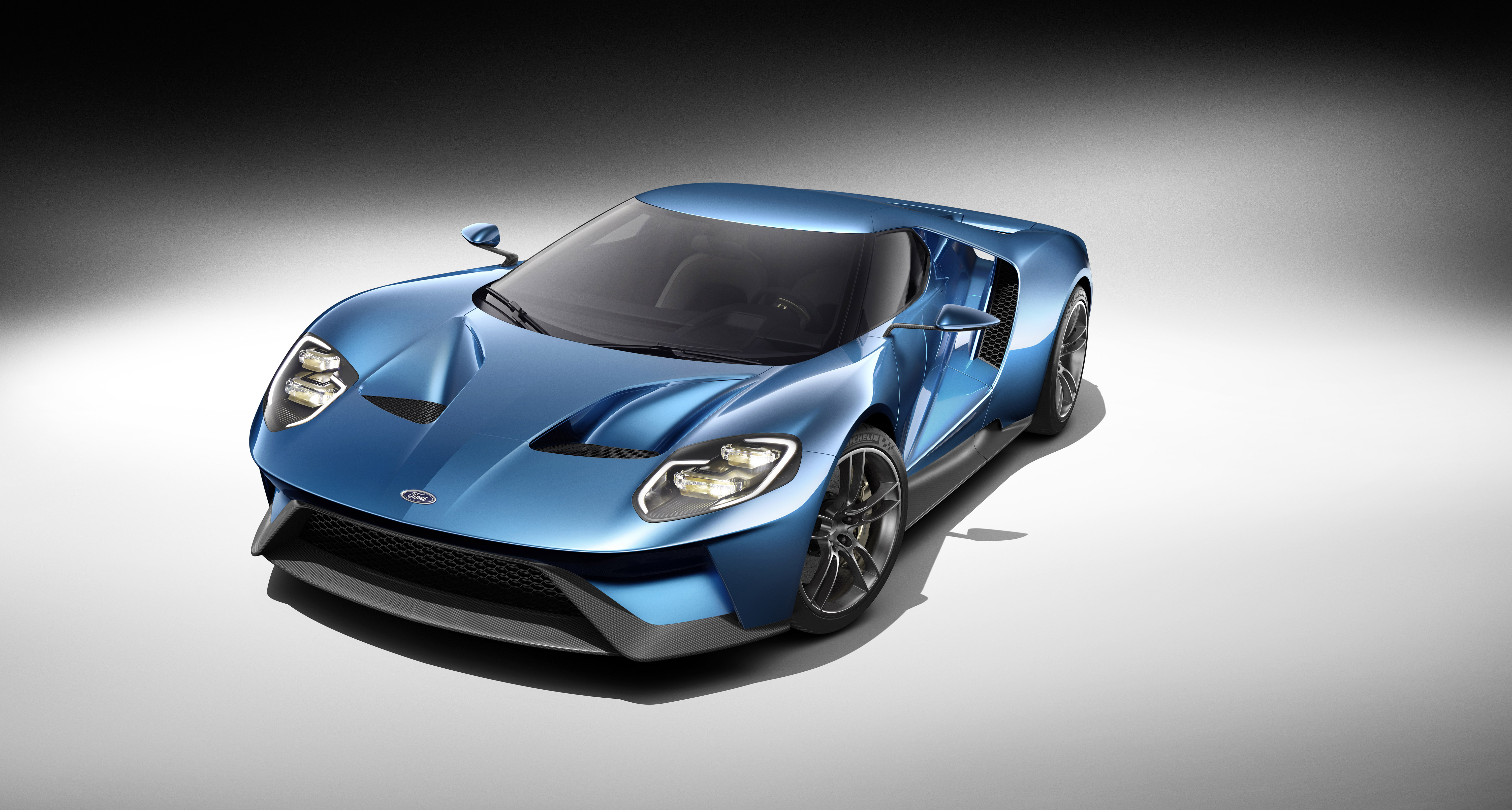 Ford Redefines Innovation In Aerodynamics Ecoboost And Light Weighting With All New Ford Gt Carbon Fiber Supercar Business Wire