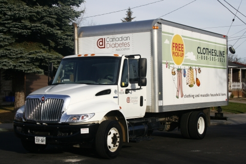 Clothesline program truck: schedule your free pick-up today at diabetes.ca/clothesline