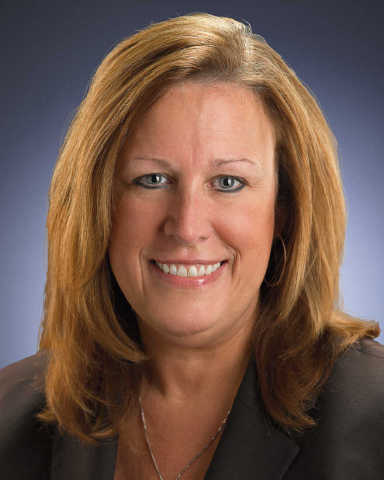 Renee Csuhran has been named the interim regional president for Huntington Bank's Cleveland region. (Photo: Business Wire)