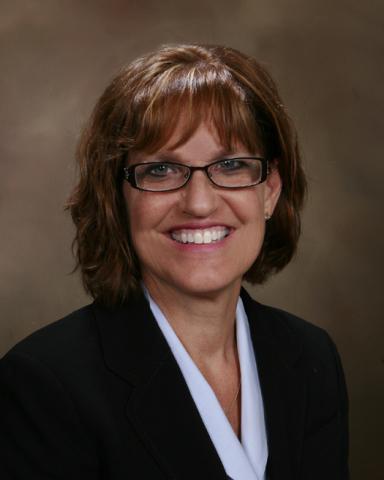 Lyn Ketelsen (Photo: Business Wire)