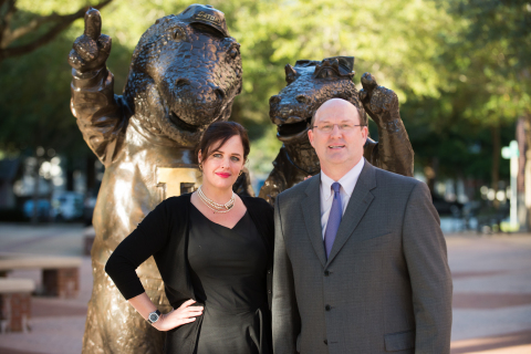 Carmen I. Bigles, president and CEO of Coquí RadioPharmaceuticals Corp.. with Tom Mitchell, vice president for development and alumni affairs at the University of Florida. Coquí Pharma will be the first U.S. commercial producer of Molybdenum-99. (Photo: Business Wire)