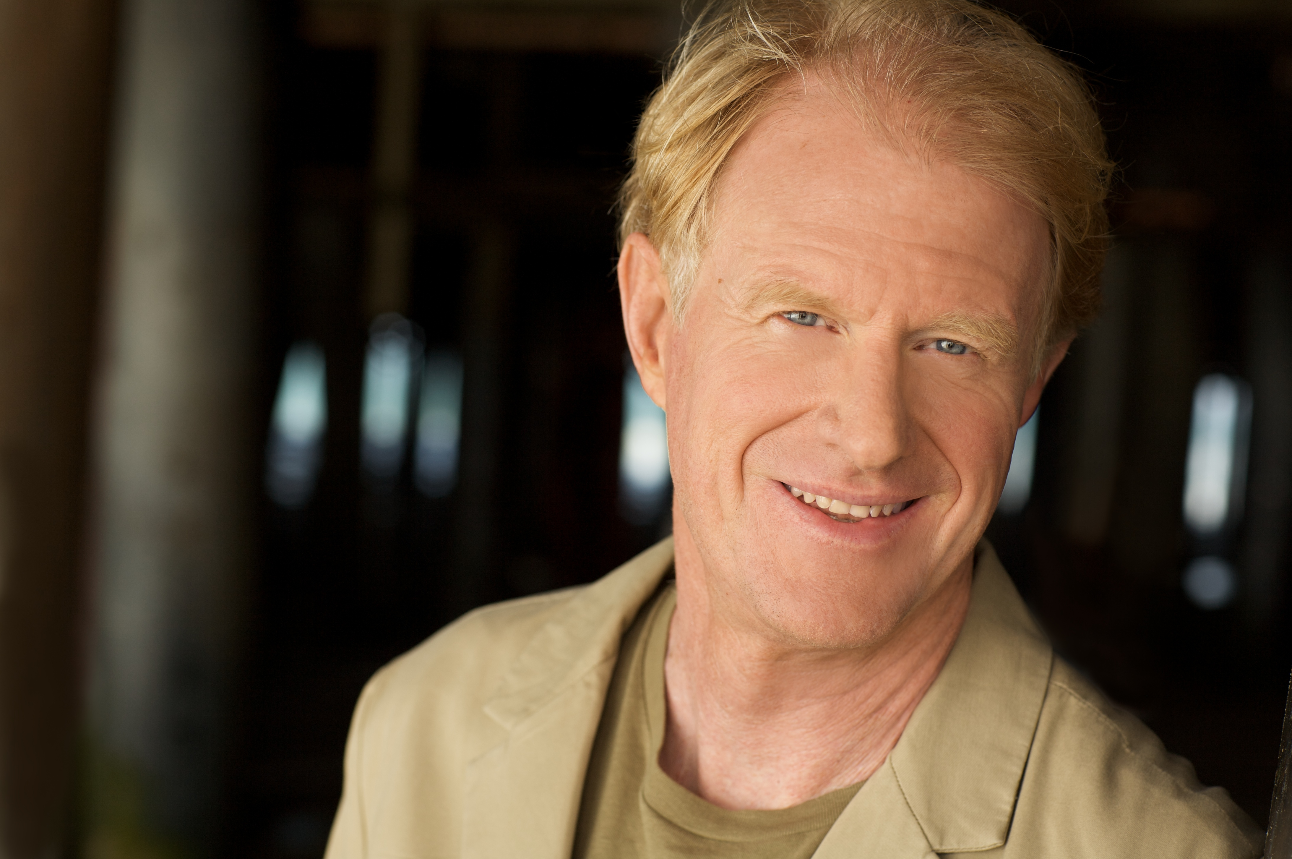 Eaton Teams With Actor Ed Begley Jr To Highlight Energy Saving Cooper Wiring Devices Inc Markhornereatoncom