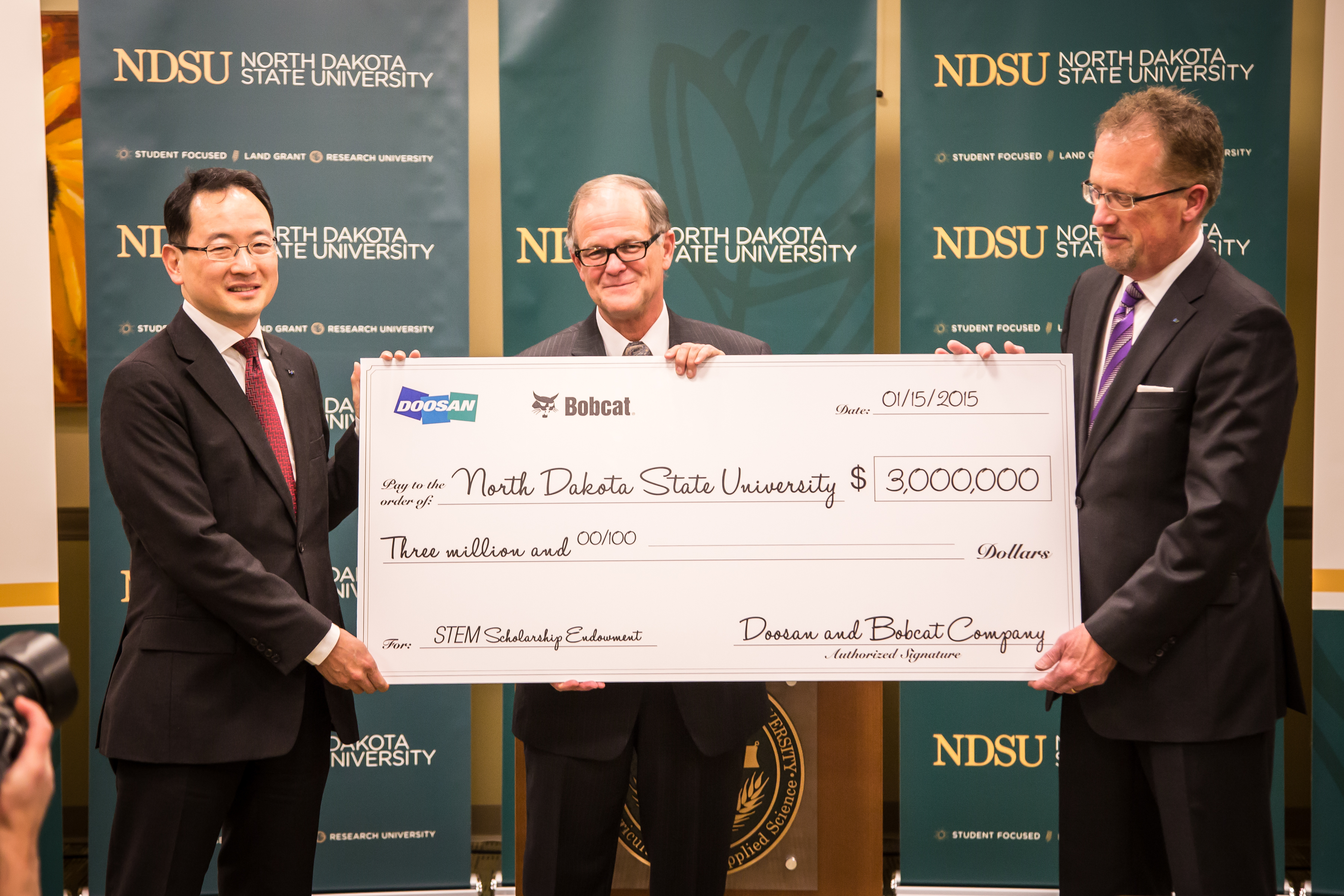 Doosan and Bobcat Company Donate $3 Million to NDSU for