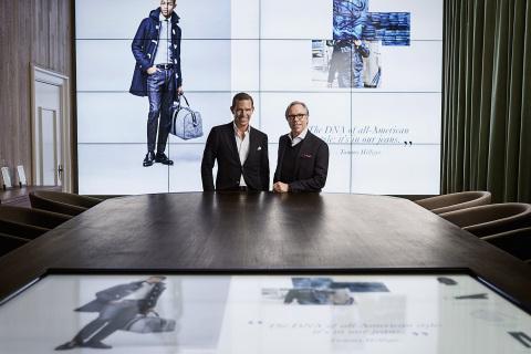 Tommy Hilfiger和Daniel Grieder在數位展示廳中
