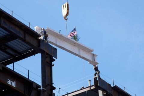 The final steel beam is raised on Lucile Packard Children's Hospital Stanford's expansion during the Topping Off Ceremony on January 14, 2015. (Photo: Business Wire)