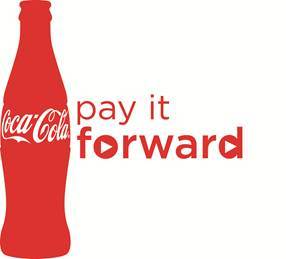 Winners of the 2015 Coca-Cola Pay It Forward program will receive a $5,000 scholarship and an invitiation for him/her and their mom/legal guardian to attend the Coca-Cola Pay It Forward Academy. (Graphic: Business Wire)