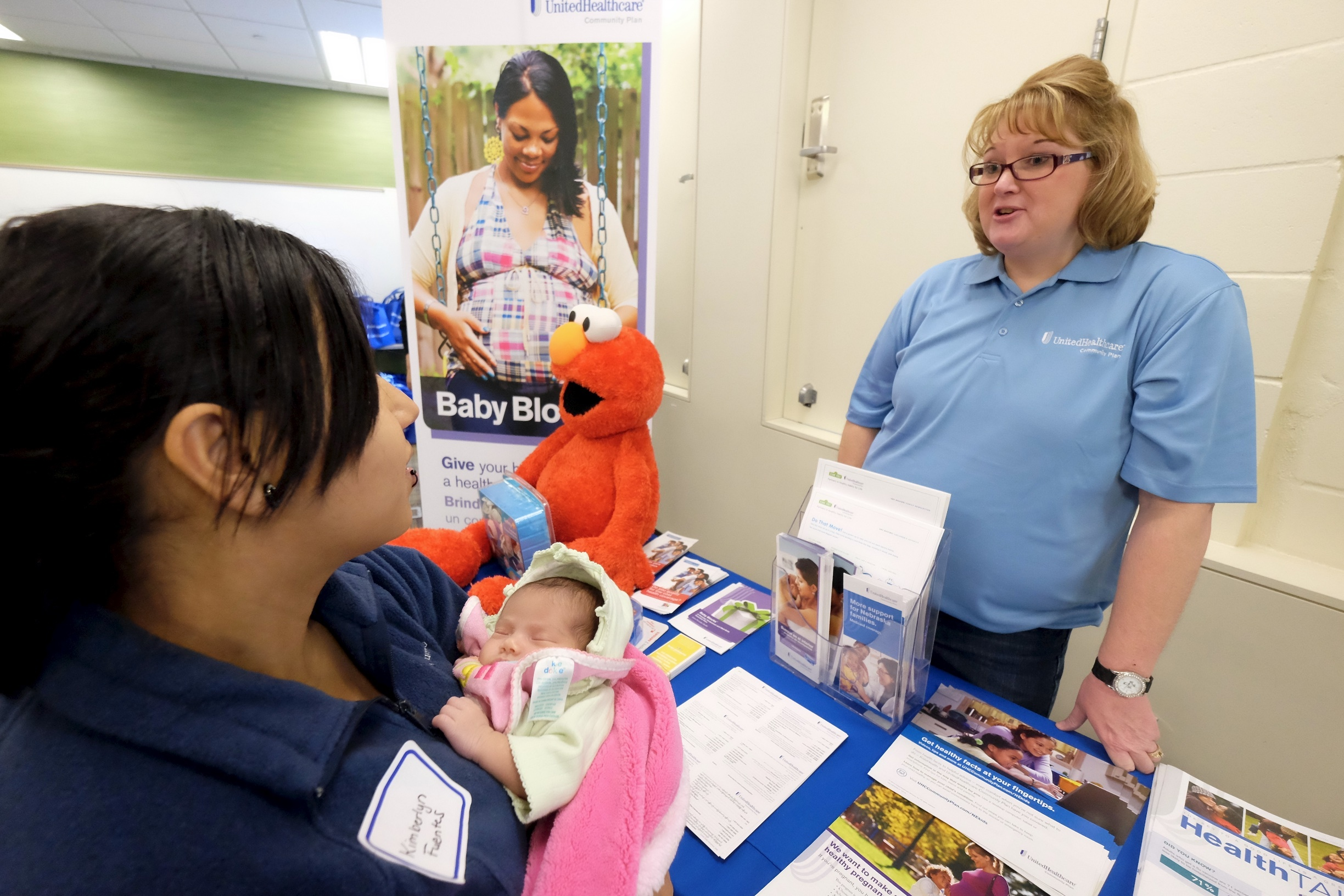 Unitedhealthcare Hosts Community Baby Shower For Educare Indian Hill
