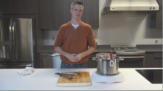 Taylor Dawson, product enthusiast at FirstBuild, tells us more about the Paragon Induction Cooktop and shows us how to make a roast using the process of sous vide.