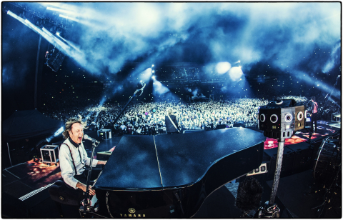 "Experience musical legend Sir Paul McCartney performing ""Live and Let Die"" in Dolby Atmos and Jaunt's cinematic VR experience. (Photo: Business Wire)"