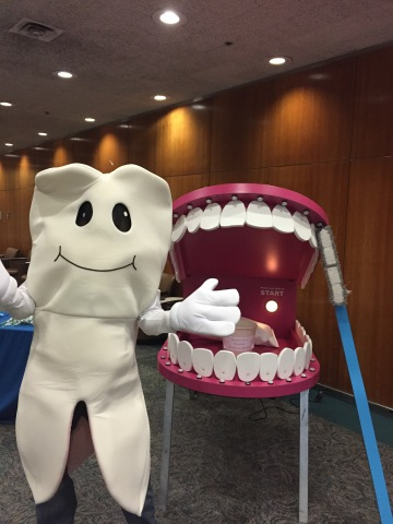 Cigna dental mascot Mikey Molar will lead Thew Elementary School students in a school wide dance-off and teach kids about the link between nutrition and good oral health. (Photo: Business Wire)