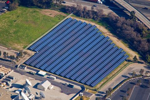 DIRECTV California Broadcast Center Solar Farm (Photo: SolarCity)