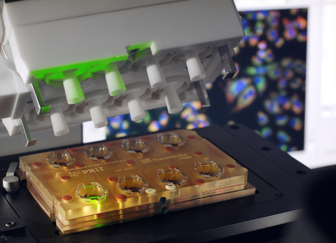 Fraunhofer's P.R.I.T.® ExpoCube® enables testing of airborne and inhalable substances in cells or tissues at the air-liquid interface.(Photo: Business Wire)