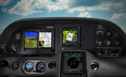 Cirrus panel displaying the versatility of a Garmin Vantage ADS-B solution (Photo: Business Wire)