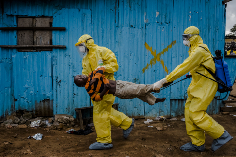 Credit: Daniel Berehulak / Getty Images Reportage for The New York Times - Ebola Outbreak in Liberia
