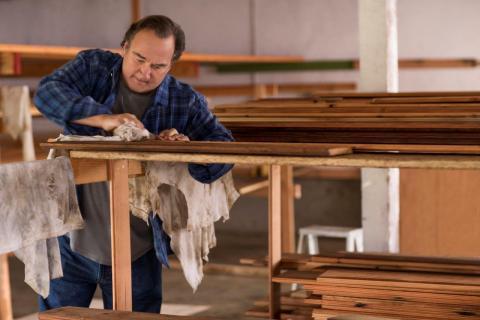 Jim Belushi at work on DIY Network's Building Belushi (Photo: Business Wire)