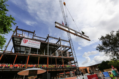 Lifting of the ceremonial beam. (Photo: Business Wire)