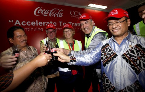 Sofyan Djalil, Indonesia's Coordinating Minister of Economy, David Gonski, Group Chairman of Coca-Co ...