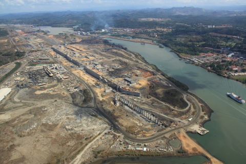 Eaton power management solutions, engineering services to enhance Panama Canal's electrical reliability, energy efficiency and economic viability (Photo: Business Wire)
