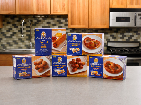 Auntie Anne's line of irresistible at-home snacks is available in grocery and mass market stores nationwide (Photo: Business Wire)