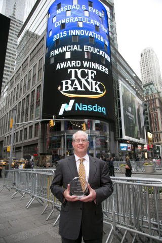 Geoff Thomas, managing director, customer segments & alternative channels at TCF Bank, accepts an Innovation in Financial Education Award presented by Nasdaq and EverFi (Photo: Business Wire)