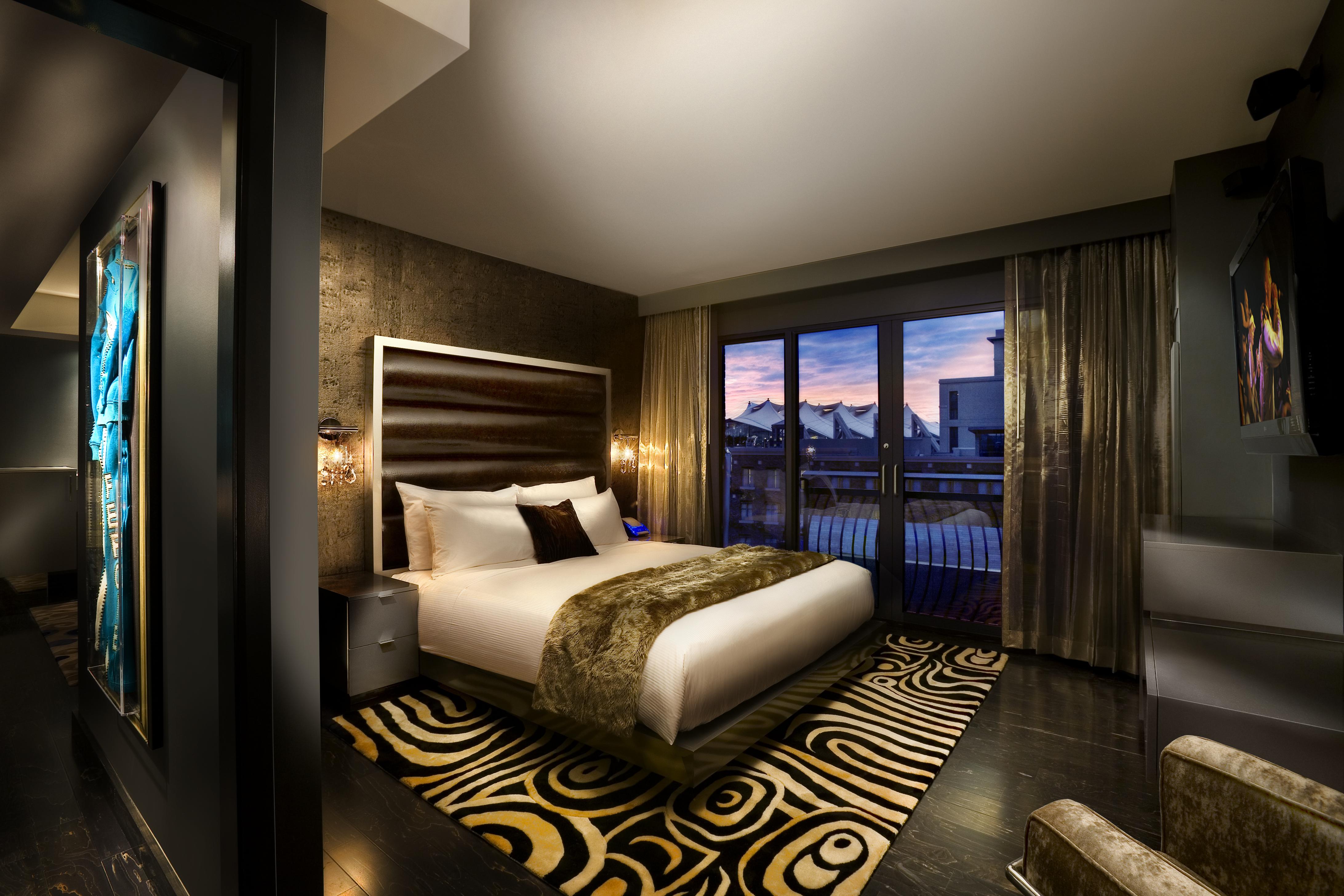 Hard Rock Hotel San Diego Suites