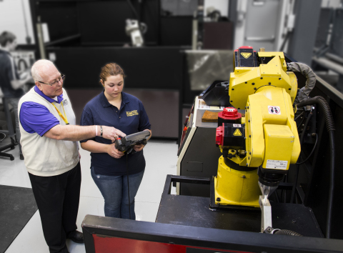 Students at RAMTEC learn advanced automation skills through hands-on training of FANUC CNCs, industrial robots and ROBODRILLs. (Photo: Business Wire)