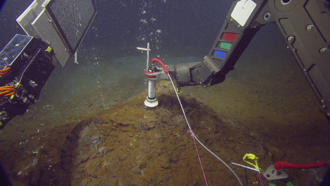 Capturing volcanic bubbles for chemical and isotopic analysis at a depth of ~180m in the center of the active Caribbean volcano Kick 'Em Jenny. Credit: Keith Wood/Ocean Exploration Trust