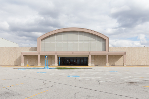 MACK Developers, a premier Chicago-area real estate developer, suggests mall closures, like Lincoln Mall in Matteson, Ill., can be converted into opportunities for local communities. (Photo: Business Wire)