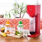 SodaStream® and Skinnygirl™ Sparkle with the Launch of New All Natural Flavors - Mango Berry and Cucumber Lime (Photo: Business Wire)