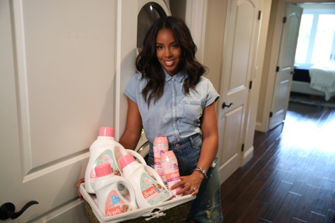 Dreft, a trusted name in fabric care for over 80 years, has announced its largest innovation in more than half a decade as it welcomes new laundry-care items to its brand portfolio. As they unveil their new product offerings, Dreft has partnered with new mom, singer and songwriter, Kelly Rowland, to celebrate the amazing moments and stages of babyhood. (Photo: Matt Sayles/Invision Agency for Dreft)