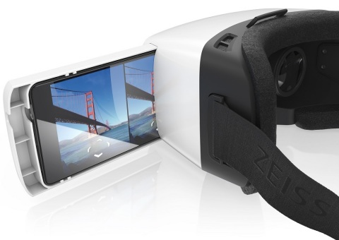 The ZEISS VR ONE accommodates today's popular Smartphones with screen sizes ranging from 4.7 to 5.2-inches (Photo: Business Wire)