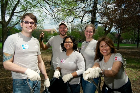 Huron employees participating in the Annual Day of Service. (Photo: Business Wire)