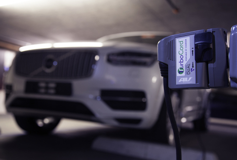 The AeroVironment TurboCord DUAL Charging a 2016 Volvo XC90 T8 at 240volts (Photo: Business Wire)