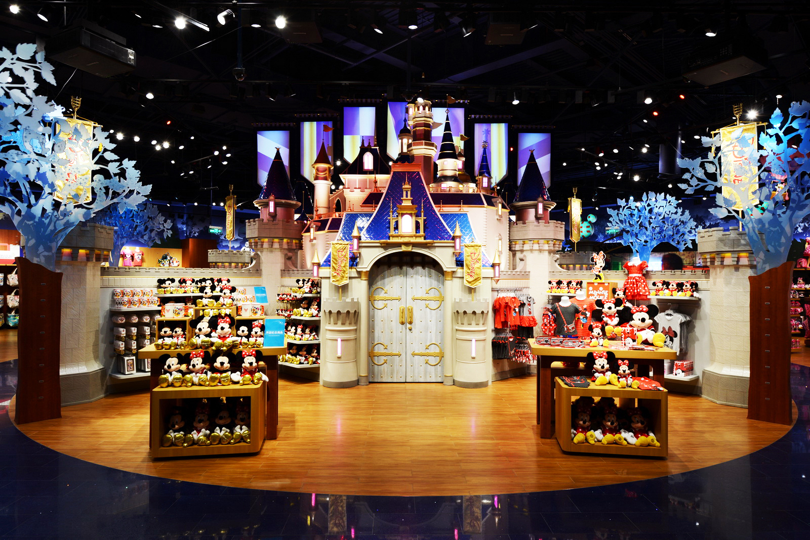 Home Design Game Story Disney Store Opens Its First And Largest Store In The
