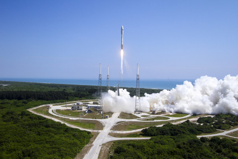 Cape Canaveral Air Force Station, Fla. (May 20, 2015) A United Launch Alliance (ULA) Atlas V rocket successfully launched the AFSPC-5 satellite for the U.S. Air Force at 11:05 a.m. EDT today from Space Launch Complex-41. This is ULA's fifth launch in 2015 and the 96th successful launch since the company was formed in December 2006. Photo: ULA
