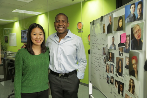 OZY co-founder and CEO Carlos Watson congratulates OZY Genius Award recipient Christine Chen. (Photo: Business Wire)